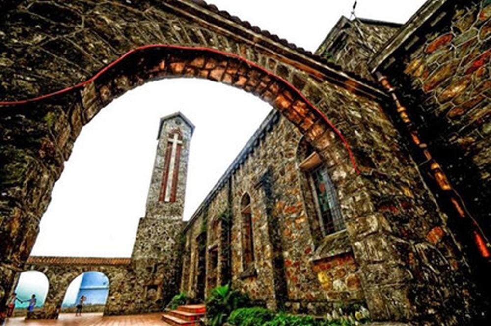Nhà thờ cổ