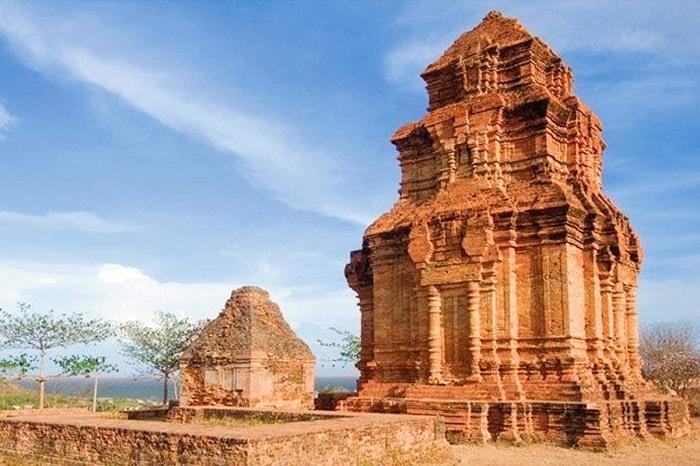 Tháp chàm Poshanu, du lịch phượt Phan Thiết